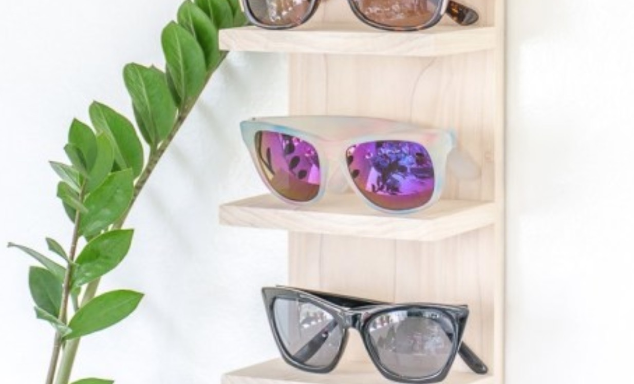DIY Sunglasses Displays